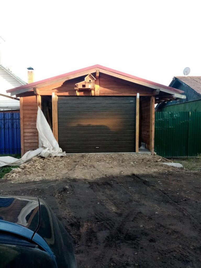 Ворота в гараж с автоматикой
